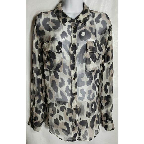 1b68766e23462b Equipment Tops - Equipment L Leopard Print SILK Blouse Top Shirt
